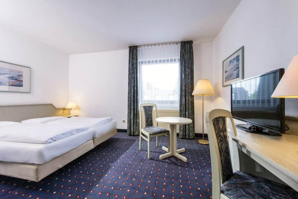 Hotelkamer van Wyndham Garden Düsseldorf Mettmann in Bottrop, Duitsland