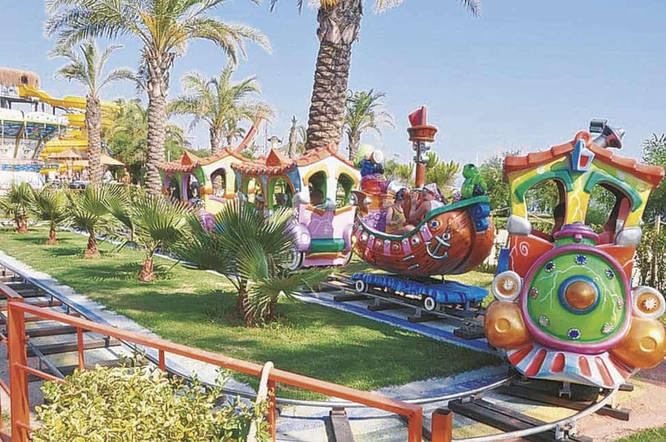 Kermis van Long Beach Resort en Spa Deluxe in Alanya, Turkije