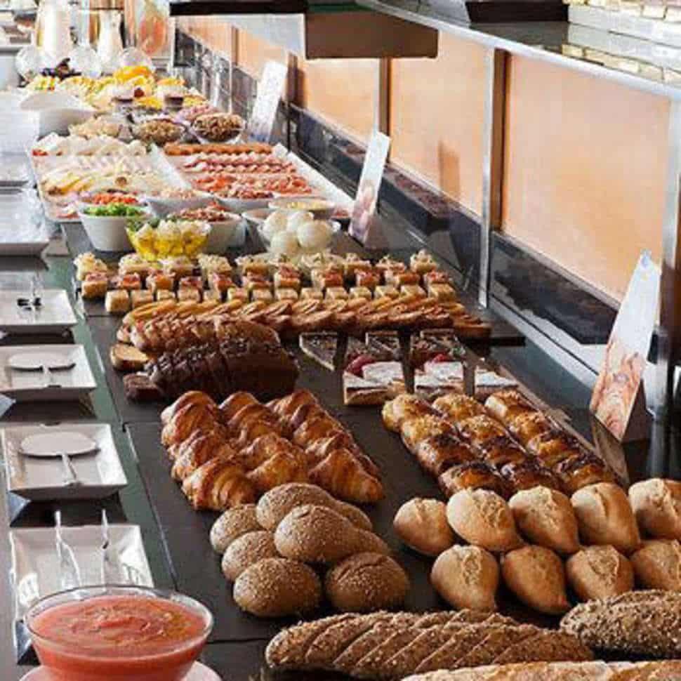 Ontbijt van Hotel Hesperia Del Mar in Barcelona, Spanje
