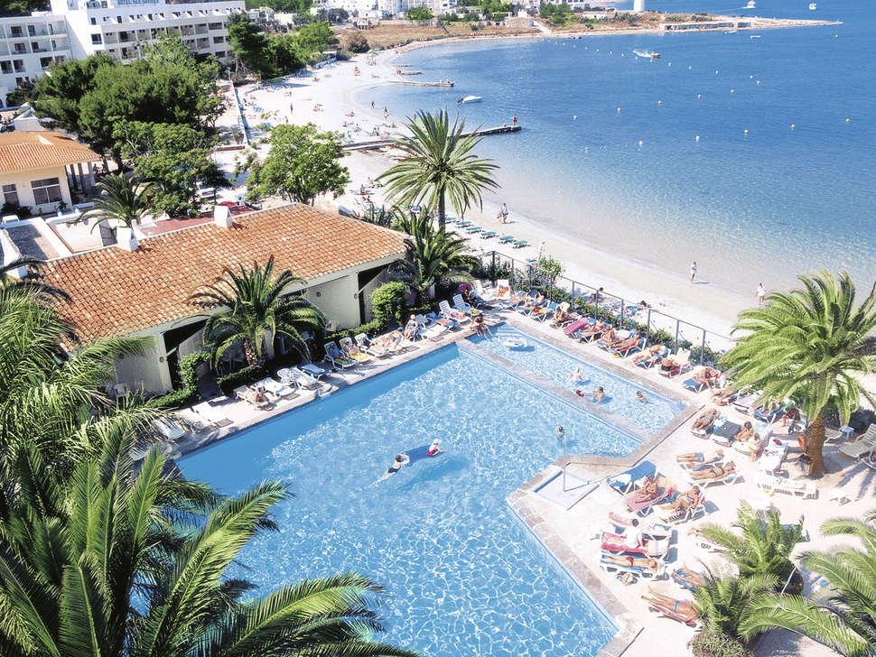 Strand van Hotel Puchet in Sant Antoni de Portmany , Ibiza