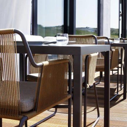 Terras van Fletcher Hotel Restaurant Elzenduin in Ter Heijde aan Zee, Zuid-Holland
