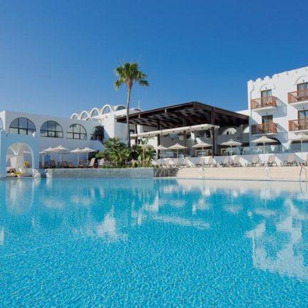 Zwembad bij TUI SENSIMAR Oceanis Beach en Spa Resort in Kos-Stad, Kos