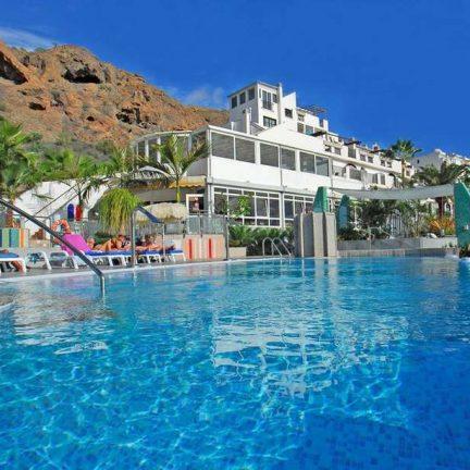 Zwembad van Appartementen CuraSol in Puerto Rico, Gran Canaria