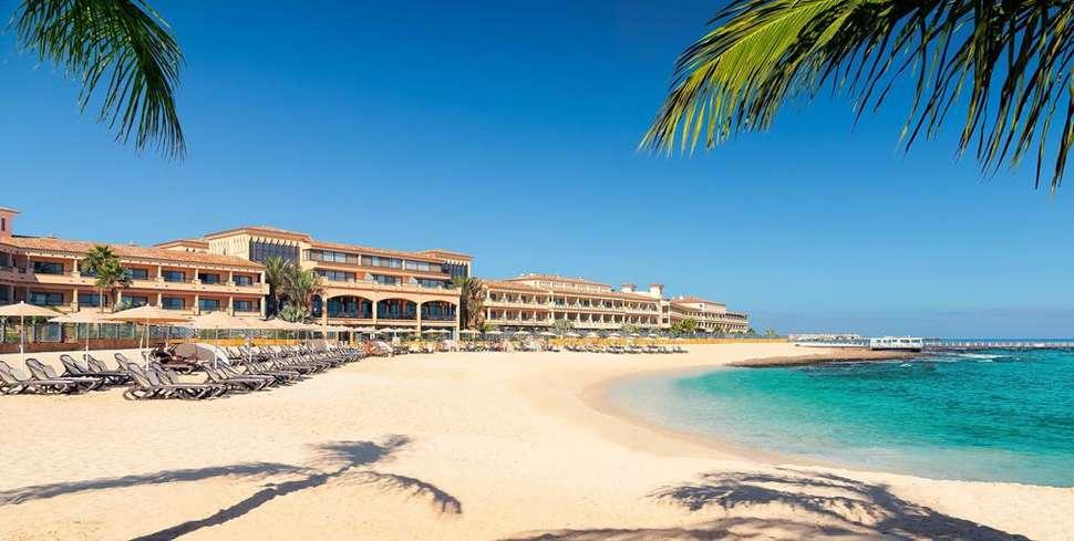Ligging Gran Hotel Atlantis Bahia Real in Corralejo, Fuerteventura