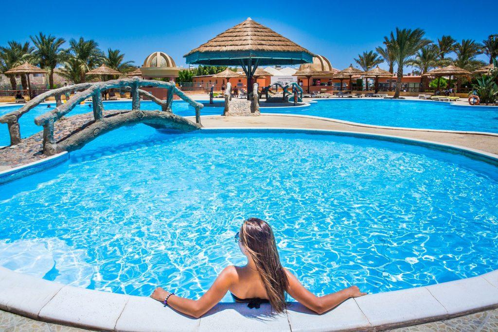 Zwembad van het Seagull Resort in Hurghada, Egypte