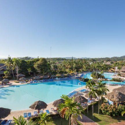 Zwembad van Be Live Collection Marien in Costa Dorada, Dominicaanse Republiek