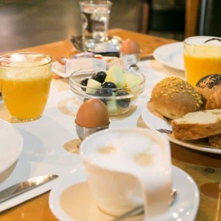 Broodjes van Kasteel Oud-Poelgeest in Oestgeest, Zuid-Holland