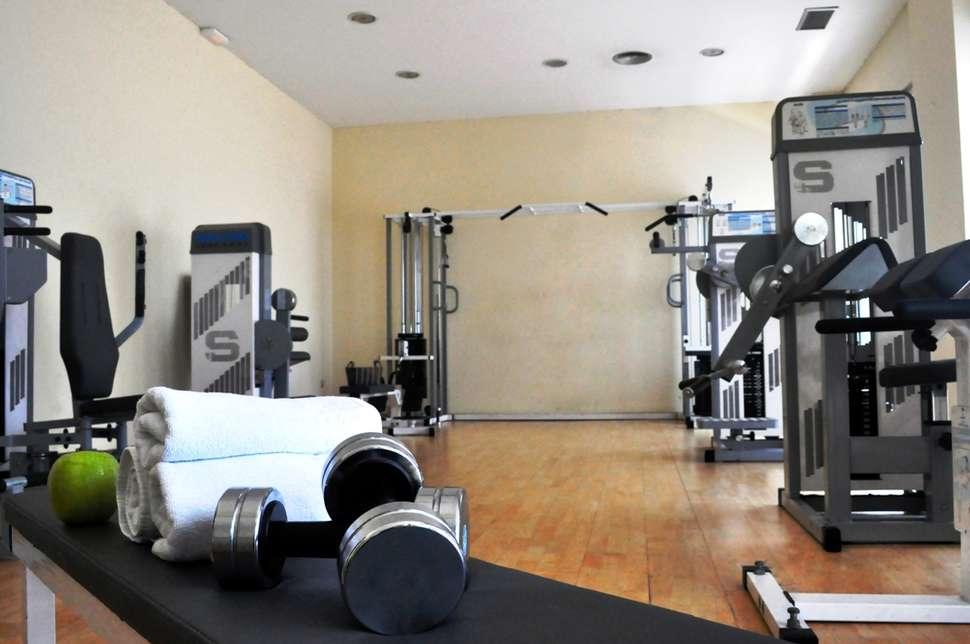 Fitnessruimte in Hotel Medium Valencia in Spanje