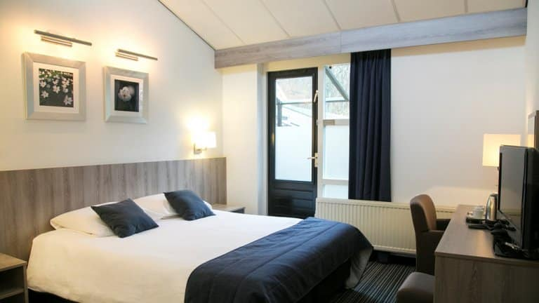 Hotelkamer van Kasteel Oud-Poelgeest in Oestgeest, Zuid-Holland