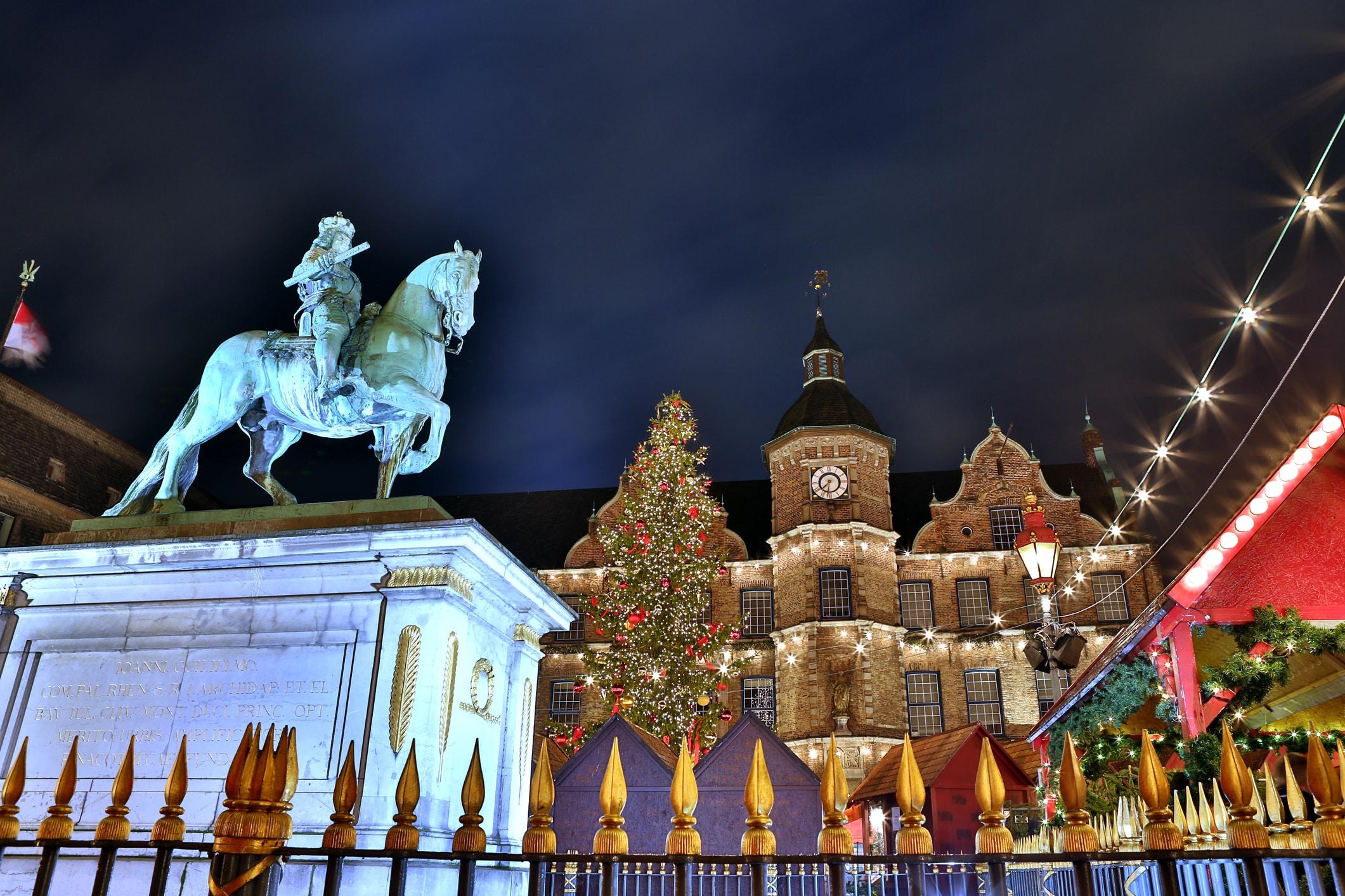 Kerstmarkt in Düsseldorf, Duitsland