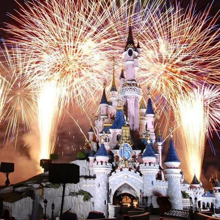 Vuurwerkshow in Disneyland Parijs