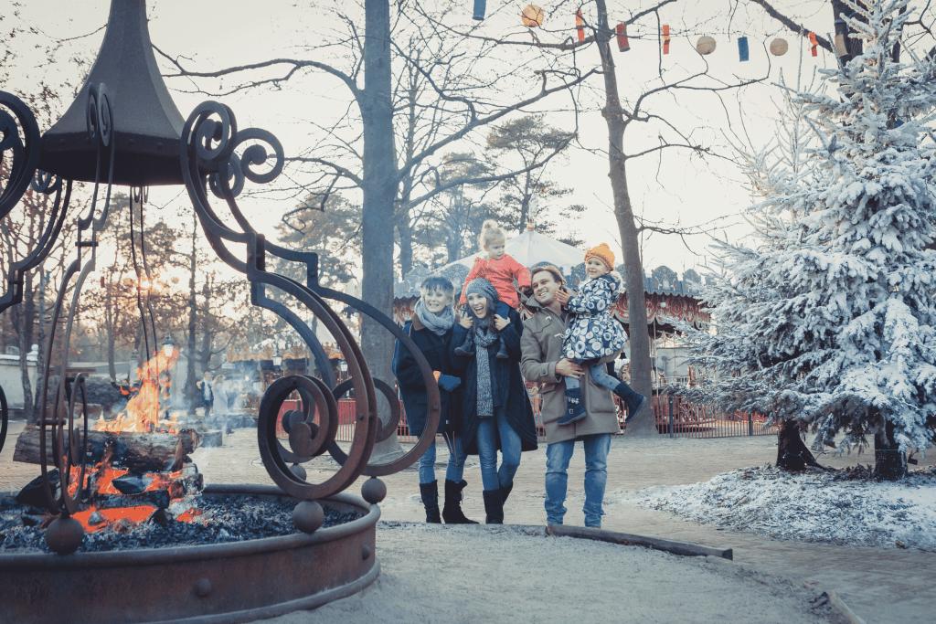 Gezin in de Winter Efteling in Kaatsheuvel, Brabant