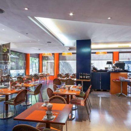 Ontbijt in Hotel Acta City47 in Barcelona, Spanje
