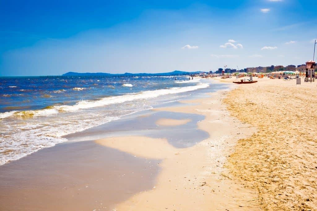 Strand van Rimini in Italie