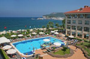 Fame Residence Kemer en Spa in Kemer, Turkije