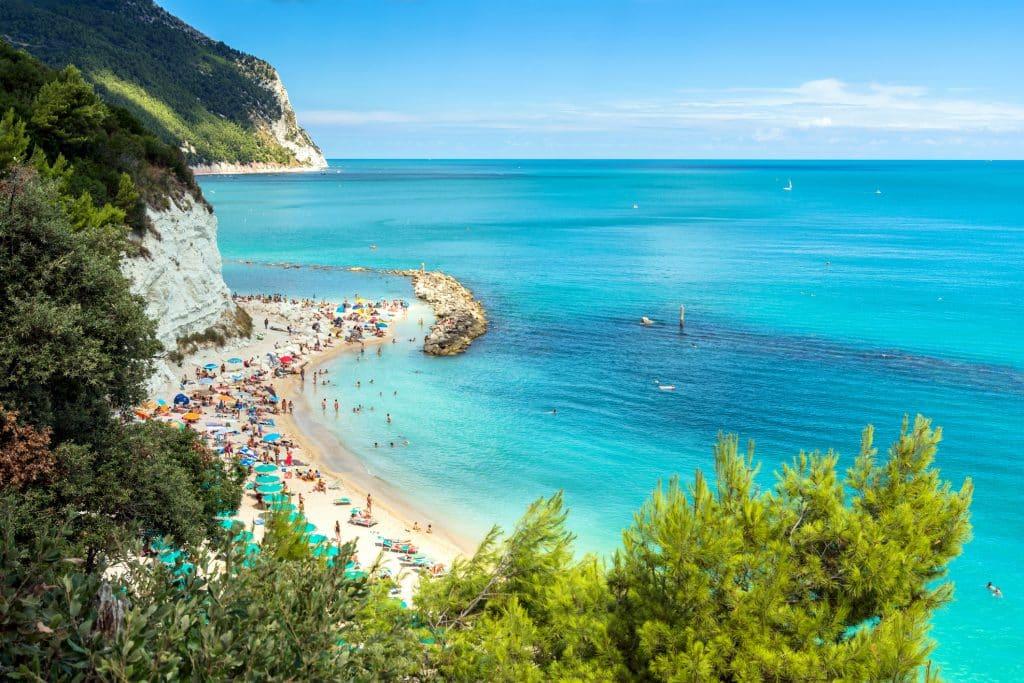Strand in Marche, Italië