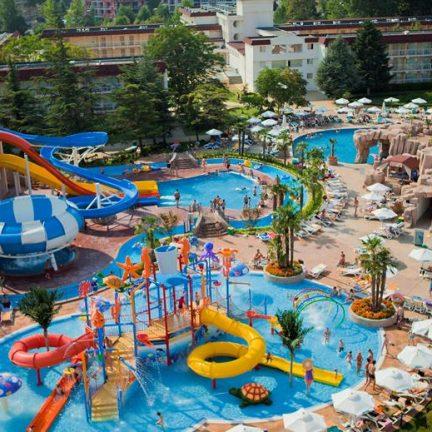 Waterpark van Clubhotel Evrika Beach in Sunny Beach, Bulgarije