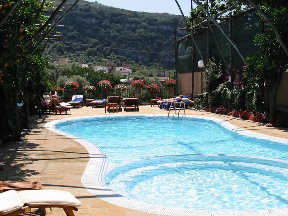 Zwembad van Villagio Verde in Sorrento, Italië