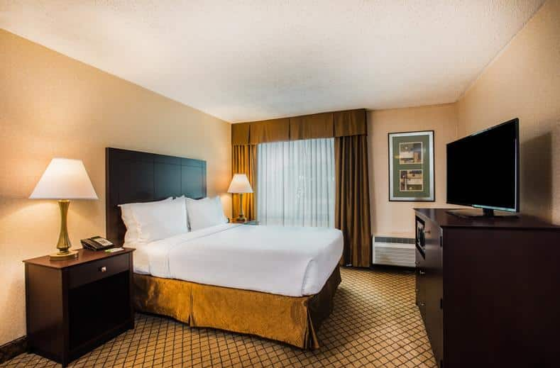 Hotelkamer van hotel Holiday Inn Hasbrouck Heights in New Jersey, Verenigde Staten