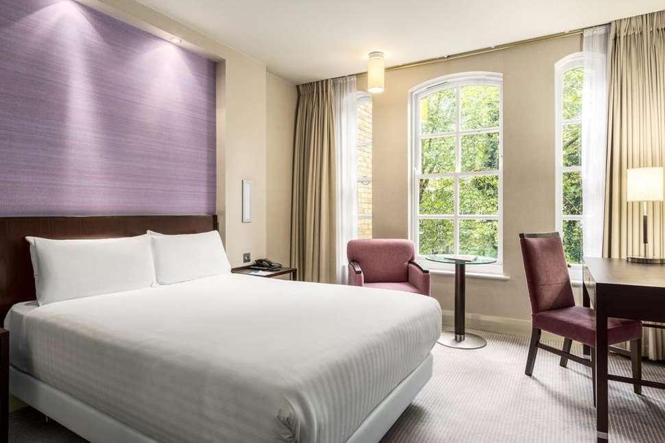 Hotelkamer van Hotel NH London Kensington in Londen, Engeland