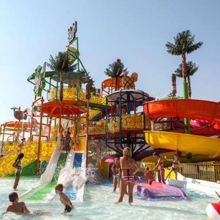Kinderbad van Long Beach Resort en Spa in Alanya, Turkije