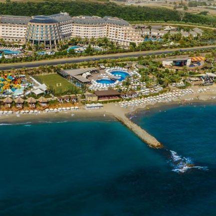 Long Beach Resort en Spa in Alanya, Turkije