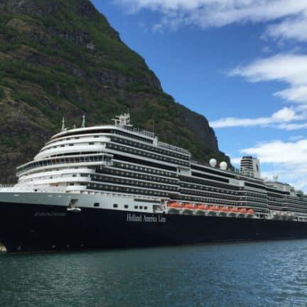 MS Koningsdam in Oslo, Noorwegen
