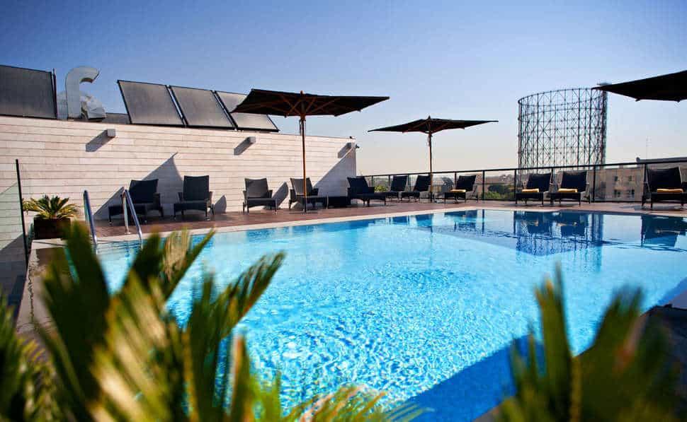 Zwembad van hotel H10 Roma Citta in Rome, Italië