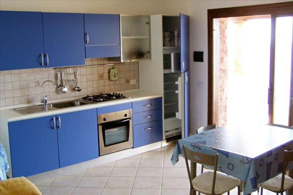 Keuken van Villagio Porto Corallo in Porto Corallo, Sardinië