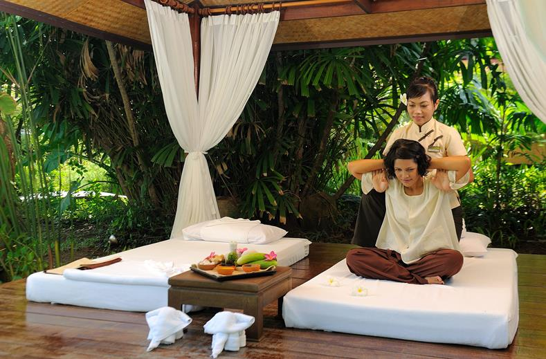 Thaise massage van Khao Lak Merlin Beach Resort in Khao Lak, Thailand