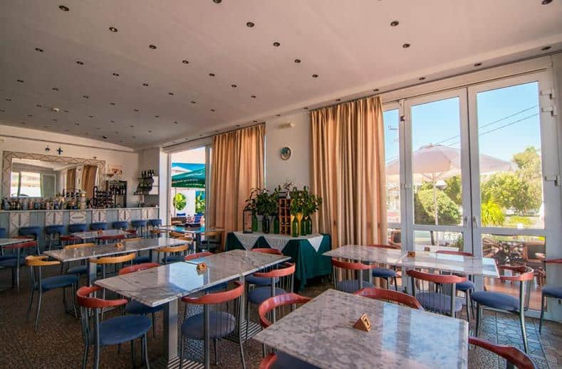 Restaurant van Appartementen Valsami in Kremasti, Rhodos