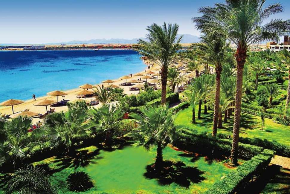 Strand van Fort Arabesque Resort, spa en villas in hurghada, Egypte