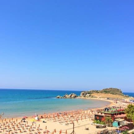 Strand van Hotel Baia d'Oro in licata, Sicilië