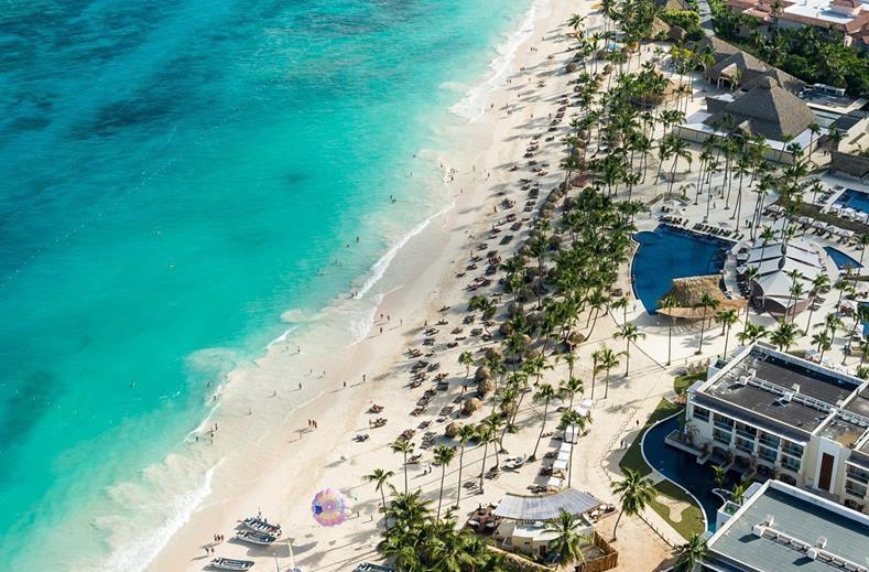 Strand van Hotel Royalton Punta Cana in Punta Cana, Dominicaanse Republiek