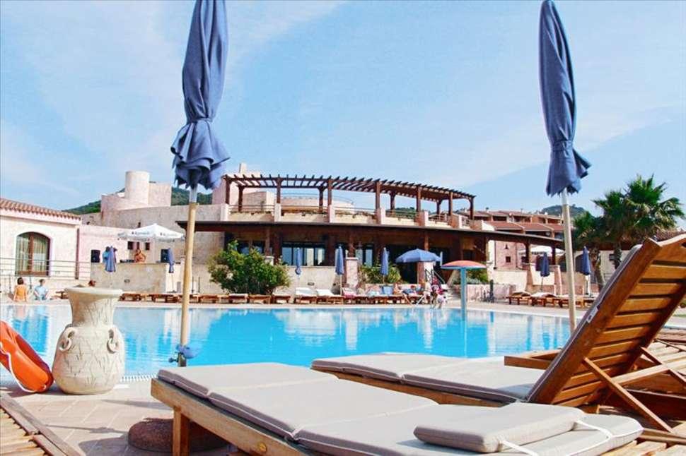 Zwembad van Villagio Porto Corallo in Porto Corallo, Sardinië