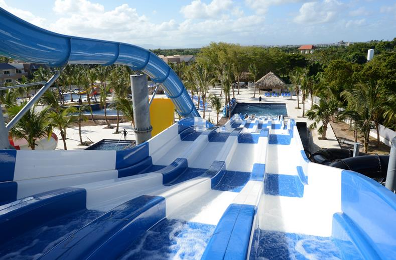 Waterpark van Hotel Royalton Punta Cana in Punta Cana, Dominicaanse Republiek