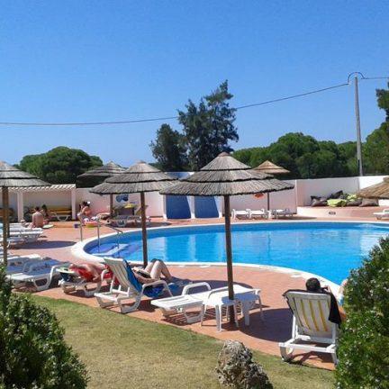 Zwembad van Appartementen Casa Velha in Albufeira, Portugal