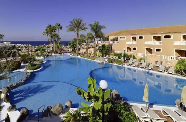 Zwembad van Sol Sun Beach in Costa Adeje, Tenerife