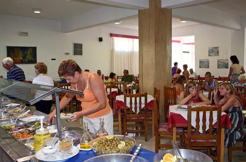 Buffet van Hotel Pyli Bay in Marmari, Kos