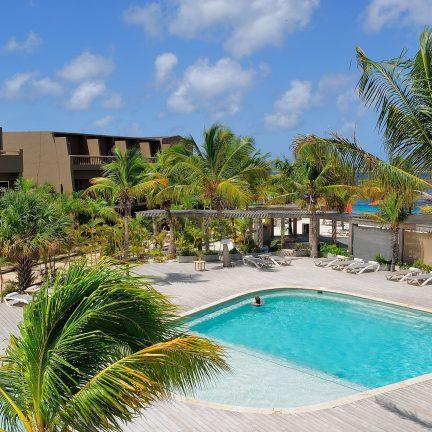 Zwembad van Eden Beach Resort in Kralendijk, Bonaire