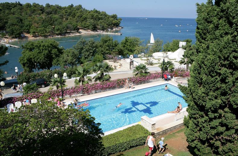 Zwembad van Hotel Zorna in Poreç, Kroatië