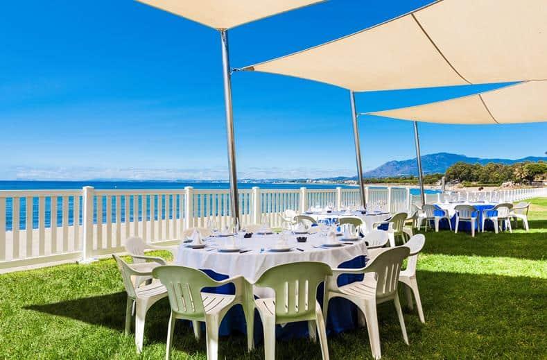 Diner van Splashworld Playa Estepona in Spanje