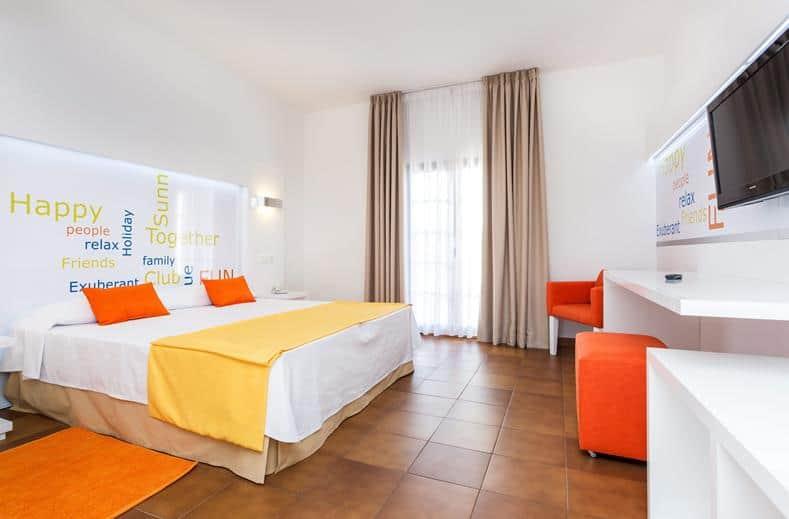 Hotekamer van Suneoclub Cortijo Blanco in Marbella, Spanje