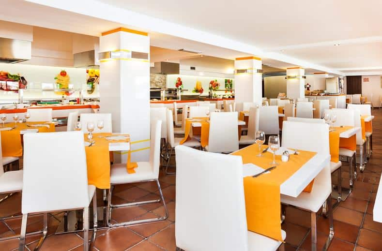 Restaurant van Suneoclub Cortijo Blanco in Marbella, Spanje