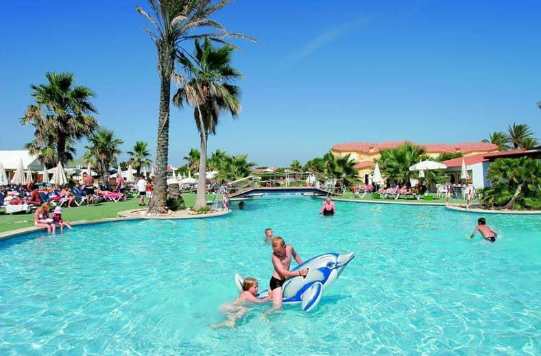 Zwembad van Marinda Garden in Cala 'n Bosch, Menorca