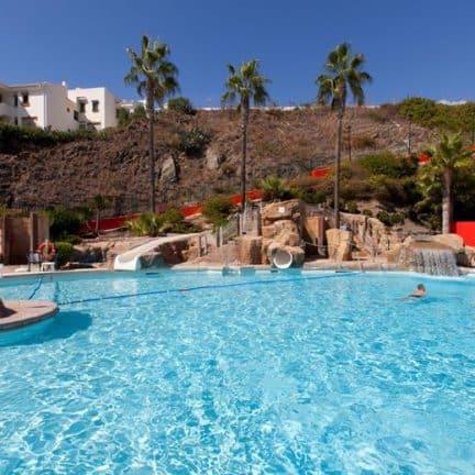 Zwembad van Playa Bonita in Benalmádena, Spanje