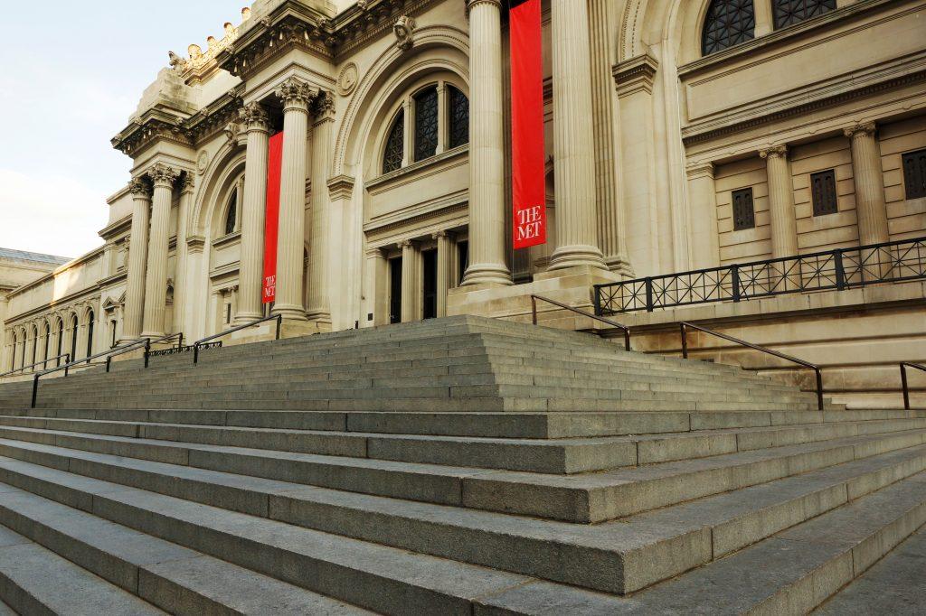 Entree van het Metropolitan Museum of Art in New York, Verenigde Staten