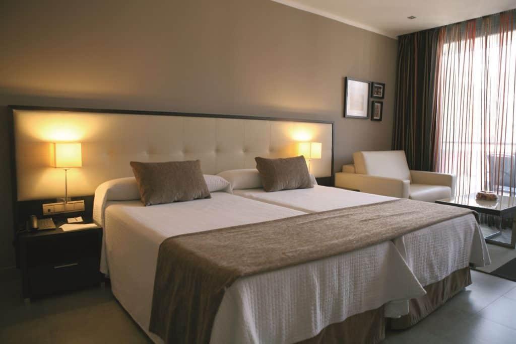 Hotelkamer van Gran Hotel Sol Y Mar in Calpe, spanje