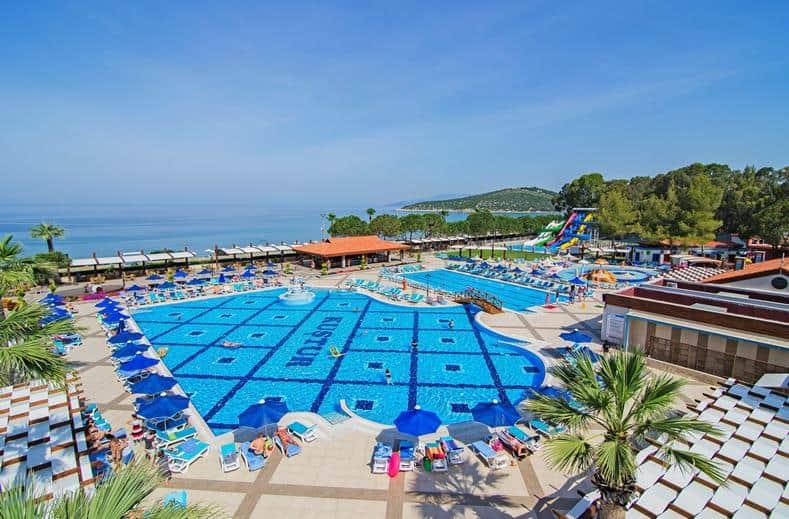 Zwembad van Kustur Club Holiday Village in Kusadasi, Turkije