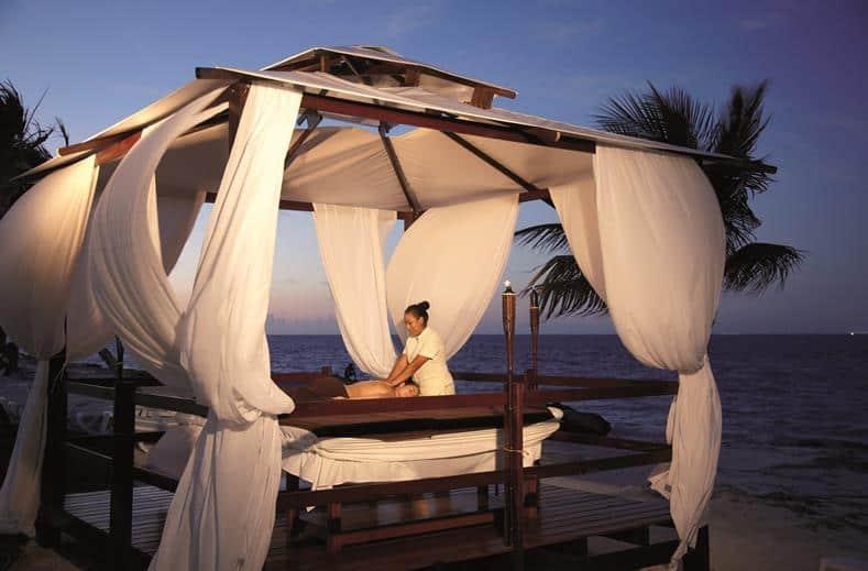 Massage van RIU Palace Peninsula in Cancun, Mexico
